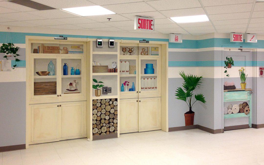 Les artistes de MURIRS transforment un pan de mur de l'hôpital de Coaticook